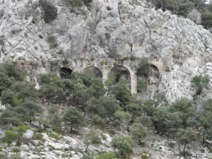 Aqüeducte de la canaleta que de Massanella.