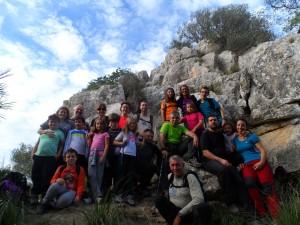 Famílies 'amb encant' als peus de Sa Roca des Castellet.