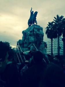 El nostre itinerari s'ha iniciat als peus de l'estàtua de Jaume I: la conquesta de Madina Mayurqa dugué els Llull a Ciutat. El 1232 neixia Ramon Llull, fill de Ramon Llull i Elisabet Erill.