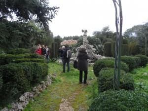 El jardí de Son Olesa és obra de Bernardí Mulet a començament del segle XX.