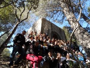 Amb el grup, a la capella del Puig del Verger.