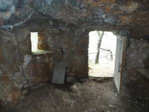 La cova que Ramon Llull habità durant les seves estades a Miramar, a partir de 1276.