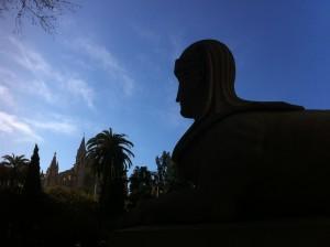 Les lleones del Born i la Seu, un punt referencial de les llegendes i històries de Ciutat.
